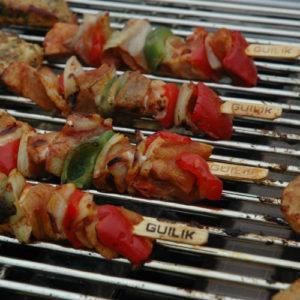 Spiesjes op de barbecue