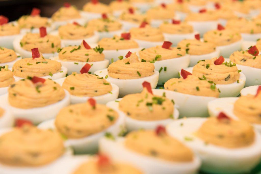 gevulde eitjes catering