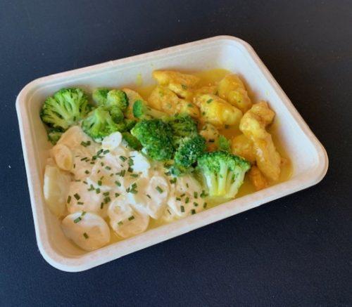 Kip-kerrie, broccoli en aardappel gratin