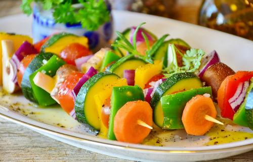 groente bij spareribs Slagerij van Guilik