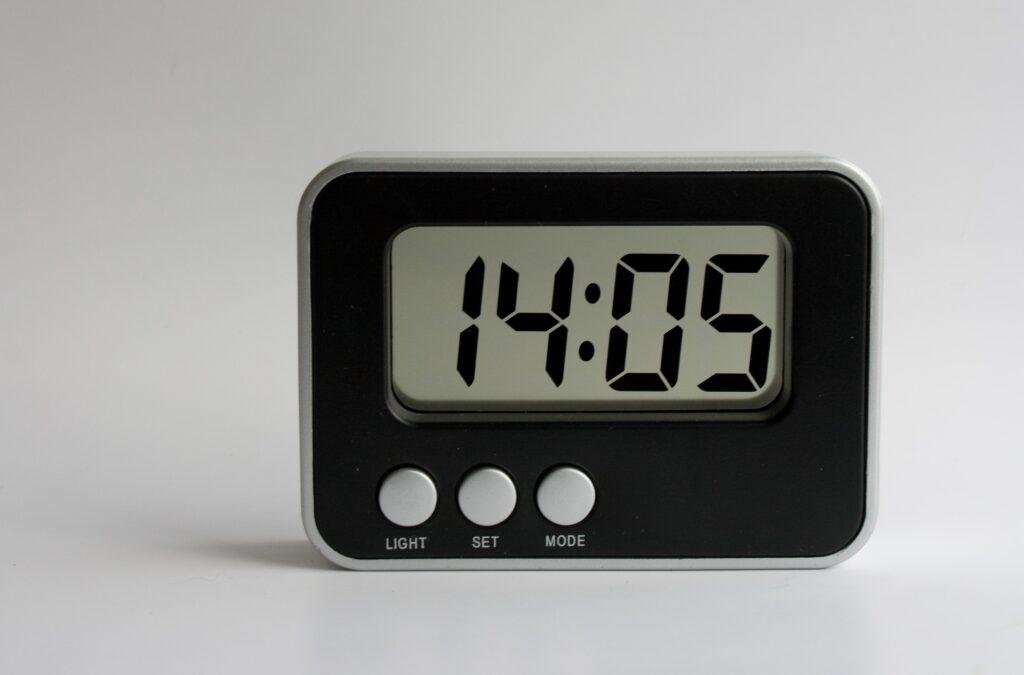 magnetron klok tijd