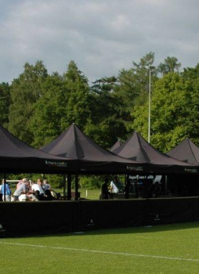 zwarte tent 4x4 slagerij van guilik